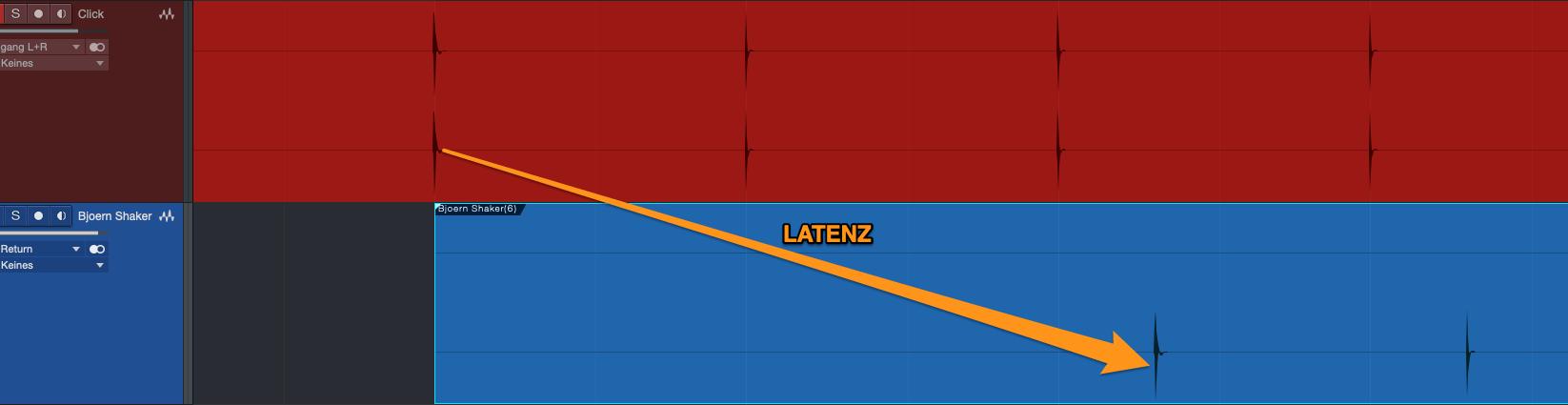 Diese Latenz zwischen Original-Click und dem Click der Aufnahme erkennt man auch mit bloßem Auge!