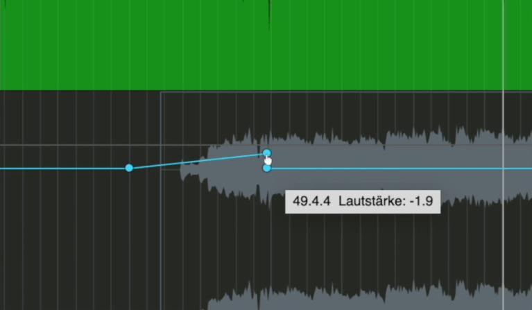 Dynamischer Übergang mit Volume Automation im Mix